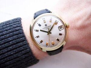 BEAUTIFUL-RARE-GERMAN-JUNGHANS-MAX-BILL-DATE-VINTAGE-WRISTWATCH-1960-039-S