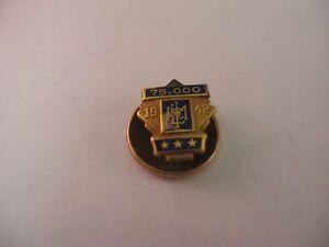 Vintage Service Award Pin 1942 Metropolitan Met Life Insurance Co. 75,000