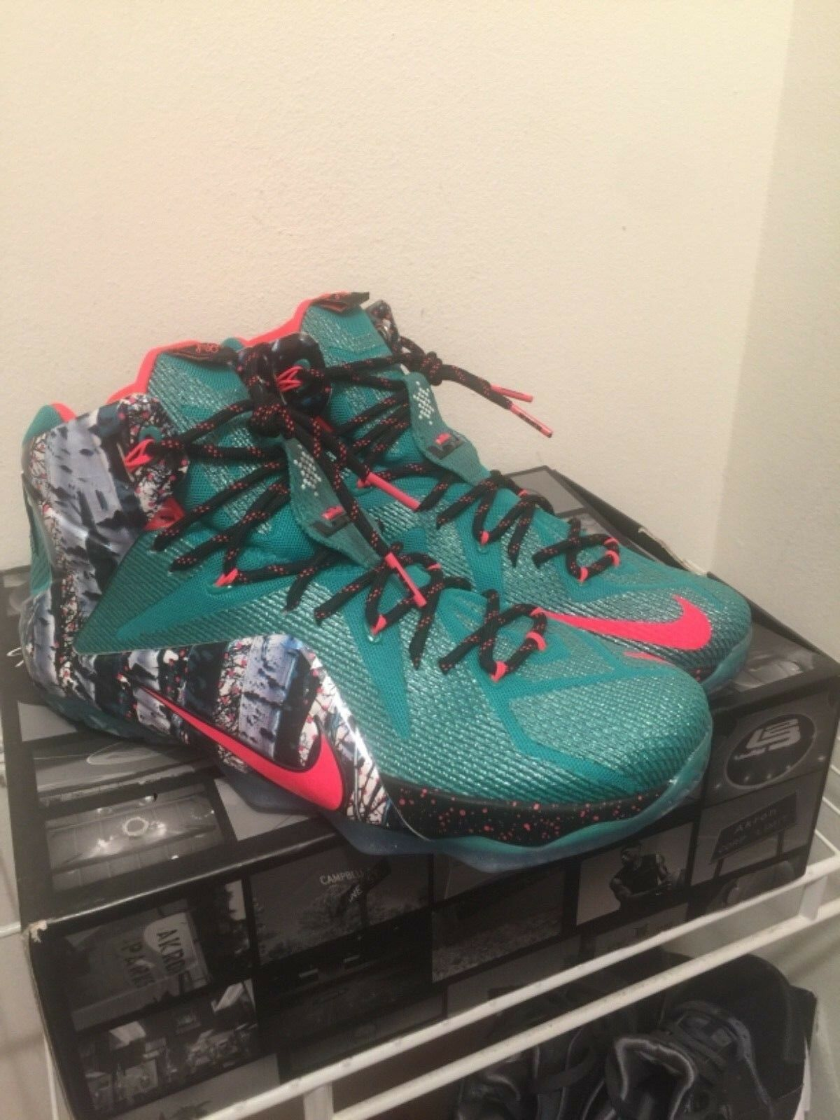 Nike Lebron 12 XII XMAS Men's Basketball shoes 707558-363 Size 13 Jordan xi x vi