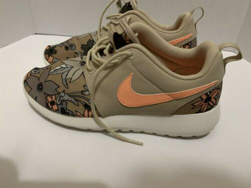Nike Roshe One Limited Edition Tropical Floral Pri