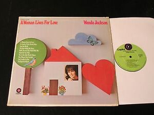 Wanda-Jackson-A-Woman-Lives-For-Love-1970-Capitol-Record-Club-LP-CLEAN-In-Shrink