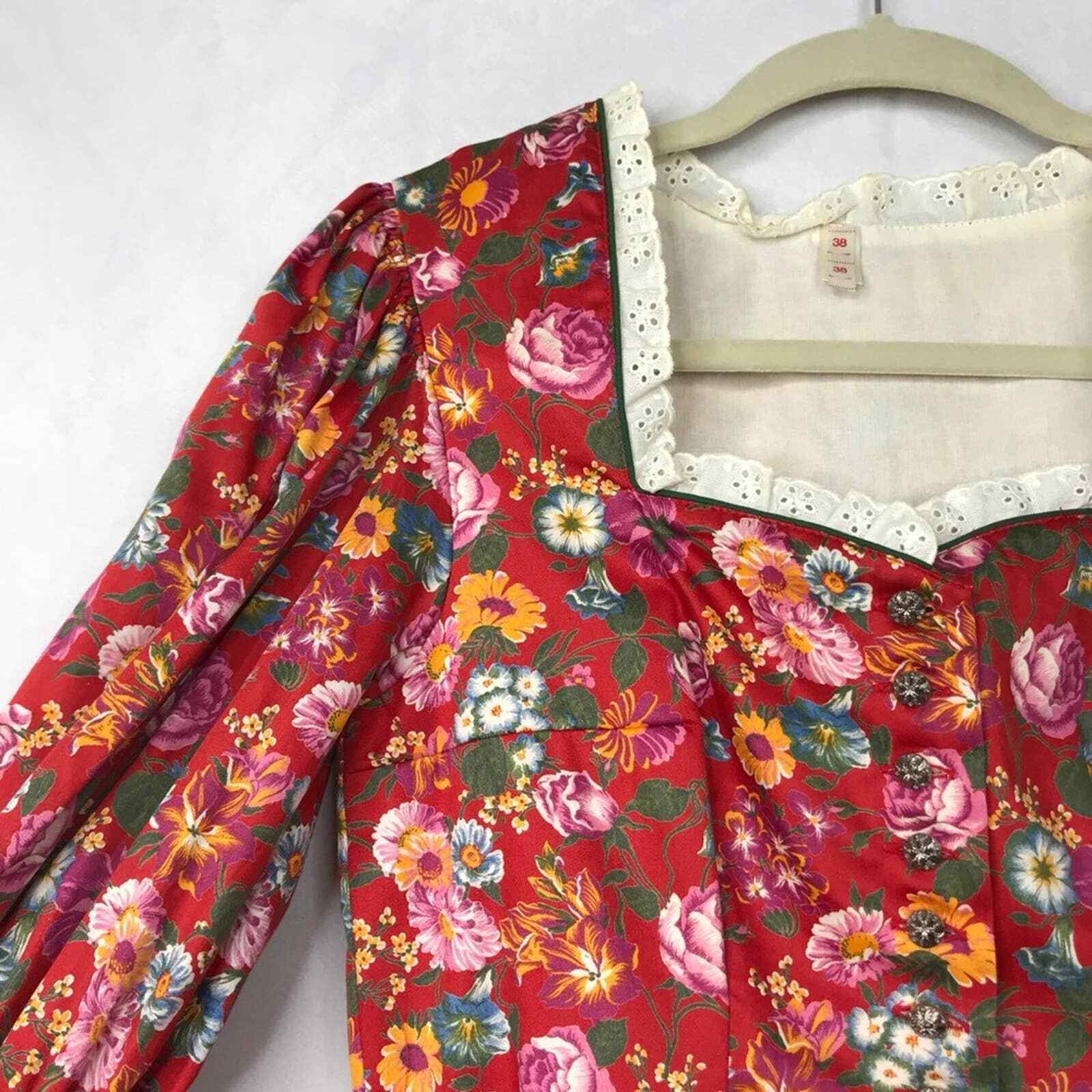 60s Style cottagecore floral prairie pleated dress - image 7