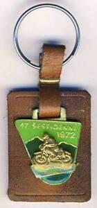 1972-Six-Days-ENDURO-Motorcycle-KEYRING-ISDE-Czechoslovakia-ISDT-Keychain
