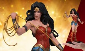 DC-Collectibles-DC-Cover-Girls-WONDER-WOMAN-Statue-by-Joelle-Jones-NEW-MISB