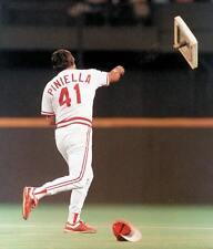LOU PINIELLA CINCINNATI REDS MLB BASEBALL 8X10 PHOTO 1990 AWESOME