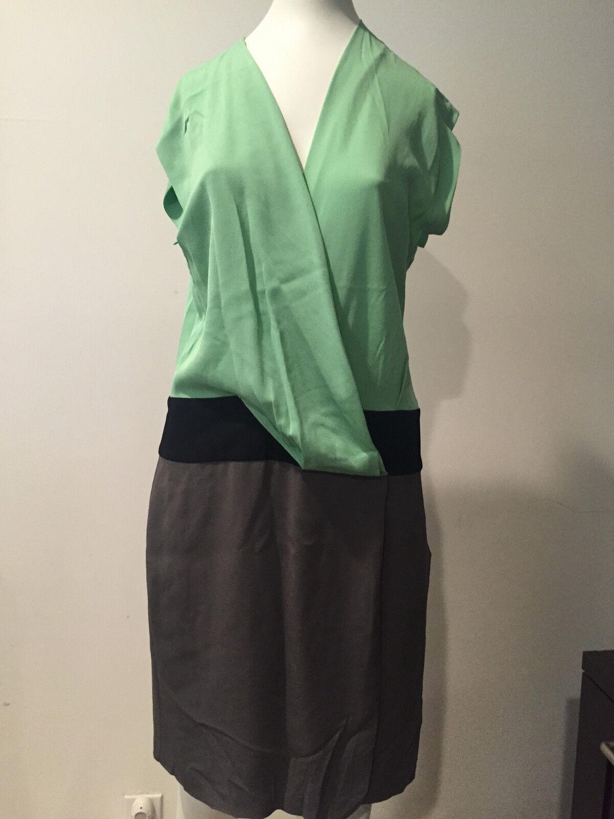 Preowned  DVF Diane Von Furstenberg Nori Crepe Dress    Size 6    MG