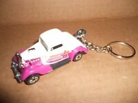 1934 Ford 3 Window Coupe Diecast Model Car Keychain Keyring White / Purple