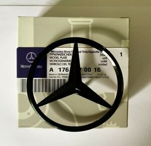 NOUVEAU-MERCEDES-BENZ-A-CLA-Class-Rear-Boot-lid-badge-STAR-Gloss-Black-A1768170016