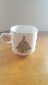 Christmas-Tree-Coffee-Mug-Tea-Cup-Alco-Industries-3-034-Tall