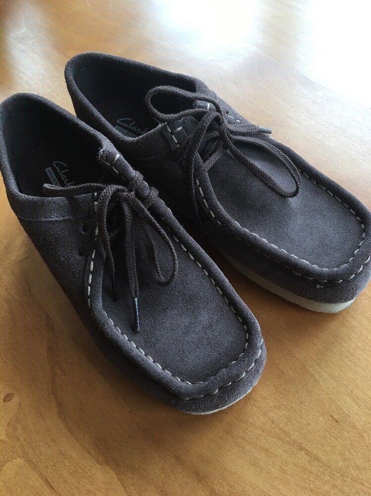Clark's Women's Padmora Suede shoes Boot  6.5 M Dark Brown