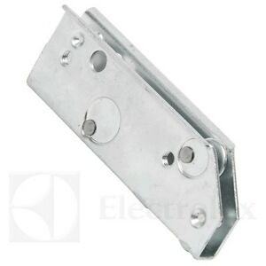 Plate For Oven Door Hinge 50027059000 Electrolux Hinge