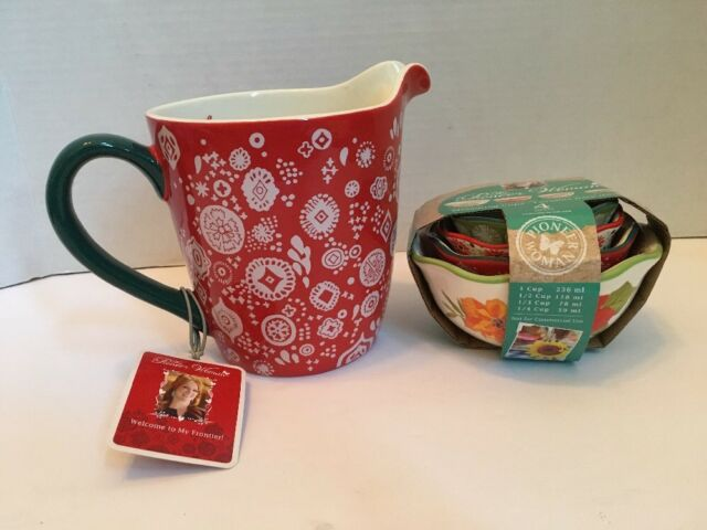 Pioneer Woman Holiday Cheer Christmas Measuring Cup Liquid And Dry – New