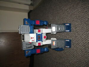 Transformers-G1-Headmaster-Fortress-Maximus-loose-not-complete-Main-Body-lot