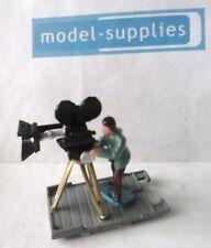 Corgi 479 Commer camera man reproduction man and camera set