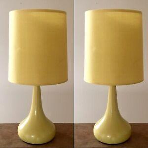 Details Sur Neuf Paire Jaune Tactile Lampes De Table Lumieres Chevet Chambre Moutarde Ocre Tear Drop Afficher Le Titre D Origine
