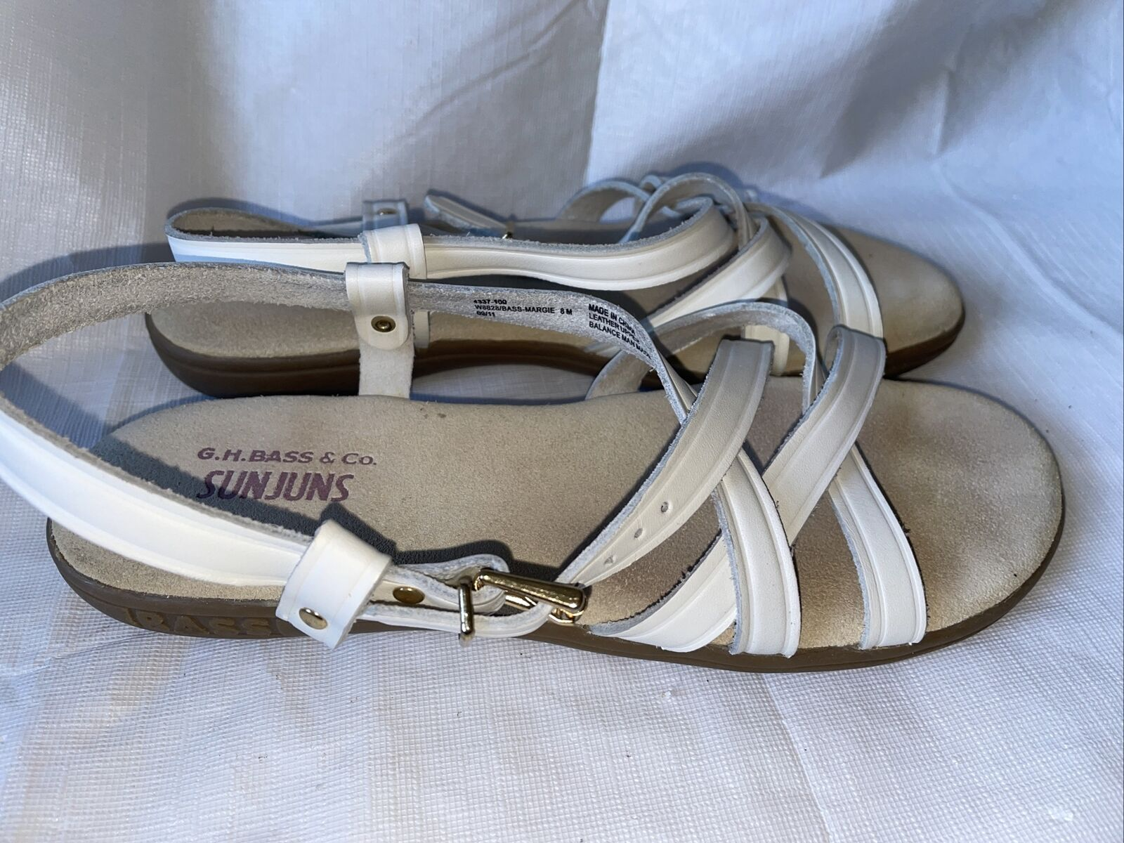 GH BASS Sunjuns Women's White Leather Sandals Str… - image 6