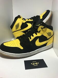 low priced 224c1 74e46 Image is loading CLEAN-Nike-Air-Jordan-1-Mid-034-New-