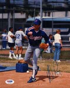 Nolan-Ryan-Psa-dna-Coa-Hand-Signed-8x10-Photo-Authentic-Autograph