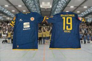 Originales-Spielertrikot-Eintracht-Braunschweig-2017-18-Charity