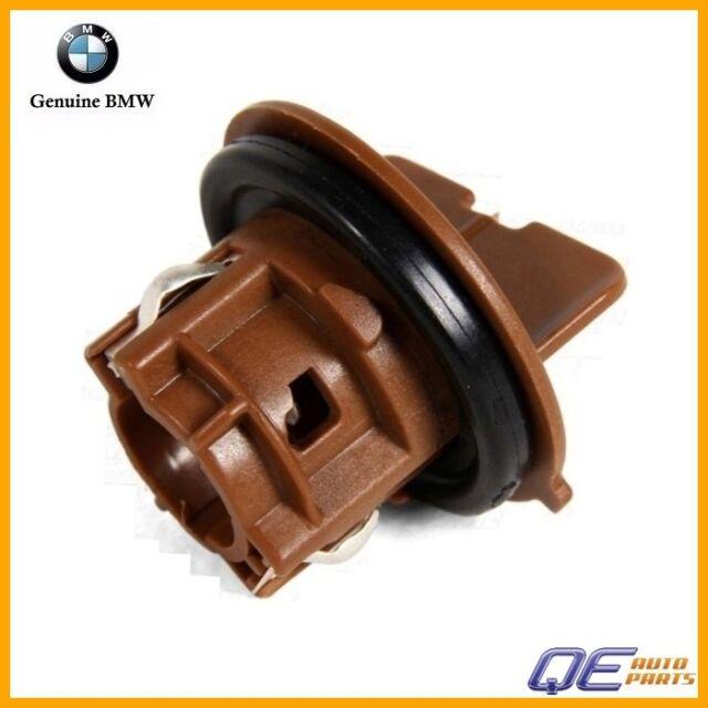 BMW Genuine Bulb Socket For Turn Signal Front Left/Right 323i 325i 325xi 328i 328xi 330i 330xi 335i 335xi M3 325xi 328i 328xi