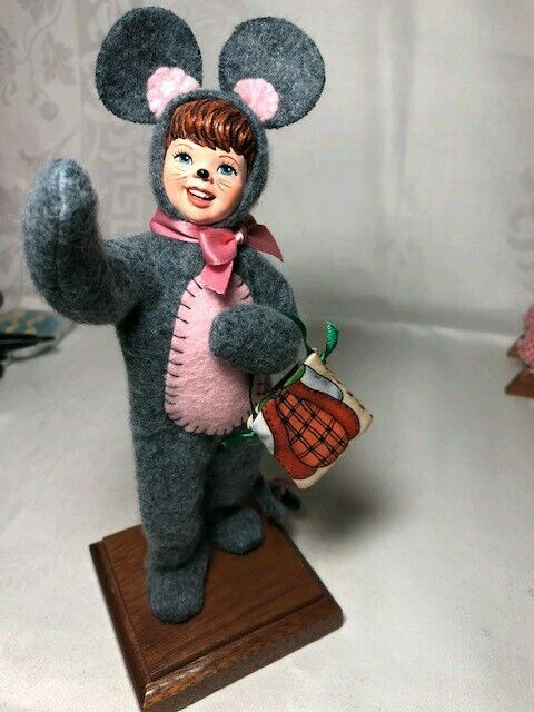 Nice Simpich Character Dolls trick or treat 2003 Mouse