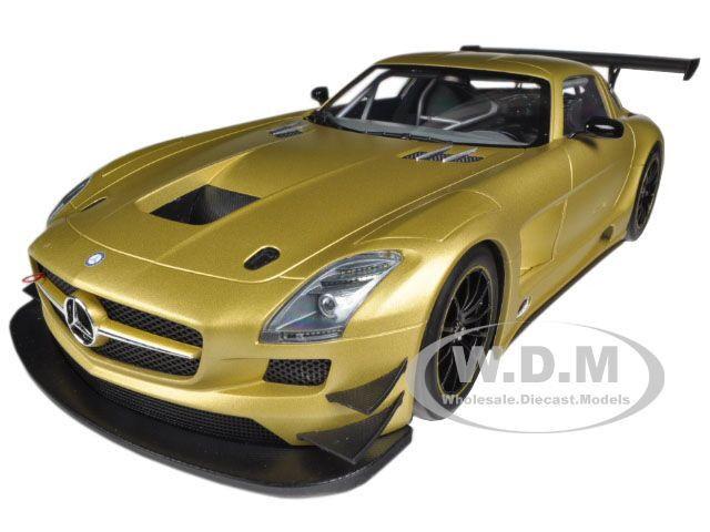 Mercedes sls 2011 gtr street matt Gold 1   18 ltd to1000pc von minichamps 151113106