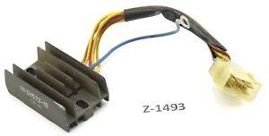 Aprilia-RS-125-PY-Bj-2007-Spannungsregler-Gleichrichter