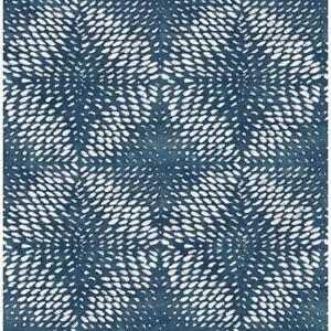 Wallpaper-Designer-Ethos-White-Textured-Geometric-on-Pearlized-Navy