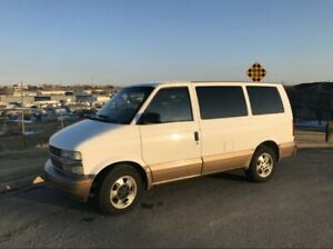Excellent condition 2001 Chevy Astro AWD