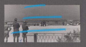 Orig-foto-WH-Offiziere-Bevoelkerung-Wasserflugzeug-SAINT-JEAN-DE-LUZ-Baskenland