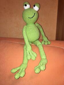 Todd The Frog - Amigurumi Crochet Pattern | 300x224