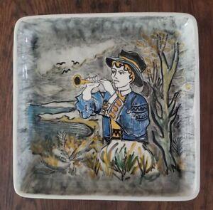 Assiette en céramique de Quimper signée Youen