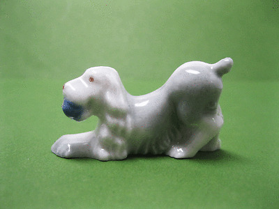 Wade 1ST WHIMSIE SPANIEL with ball, SET ONE,1953, WADE FIGURINE, MADE IN ENGLAND