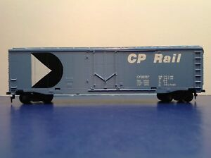 HO-Scale-034-CP-Rail-034-56767-Fifty-Foot-Plug-Door-Freight-Train-Box-Car