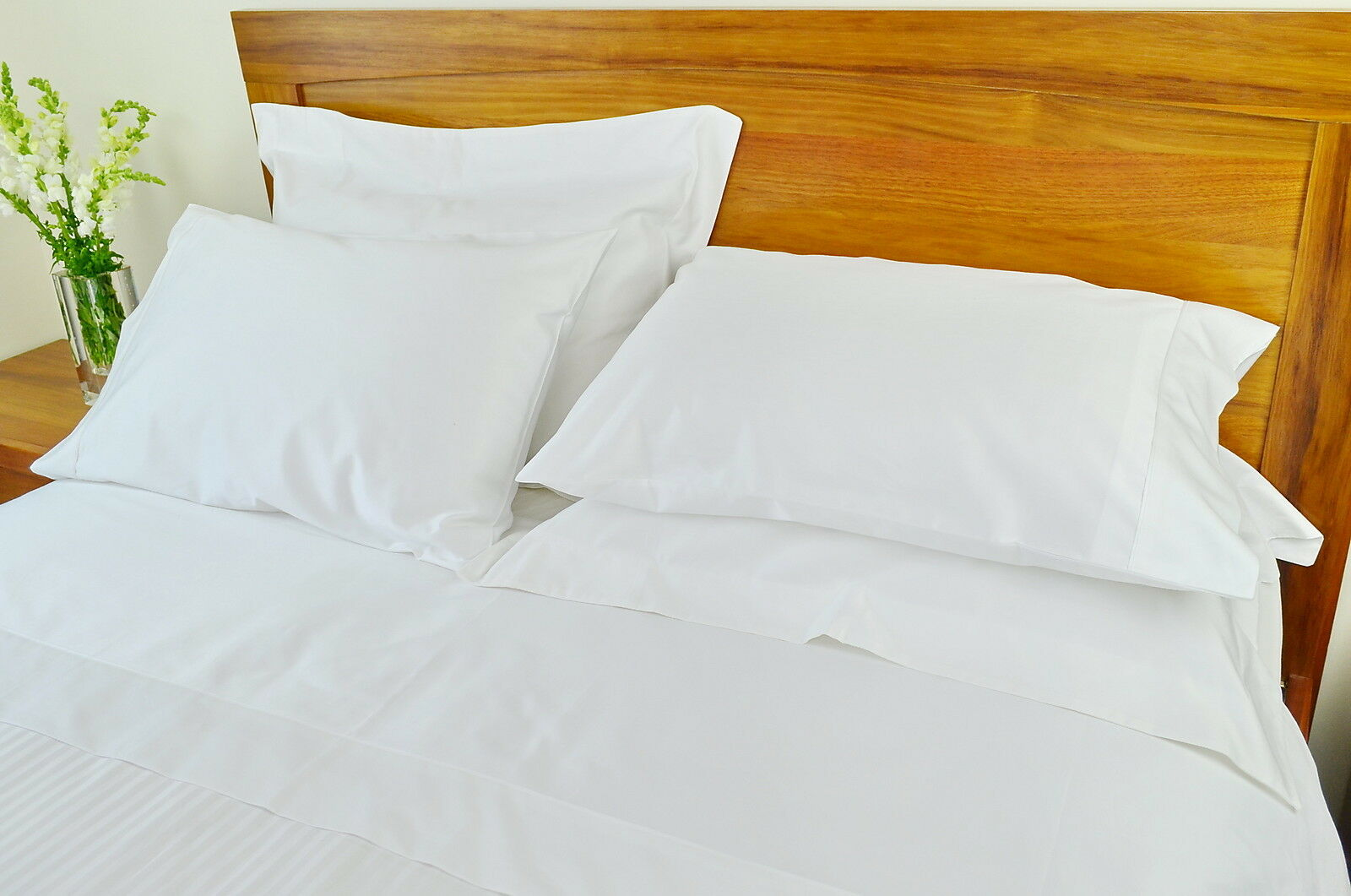 Queen Bed Fitted Sheet 1000TC 10cm2 Pure Cotton Plain Weiß