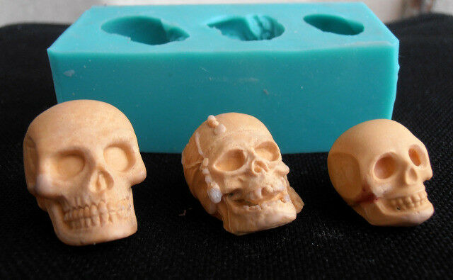 Silicone Mould THREE SKULLS HALLOWEEN Fondant / fimo mold
