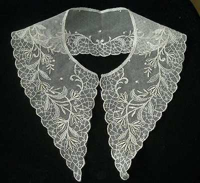 Fabulous large ivory (pale cream) embroidered lace net collar, vintage style.