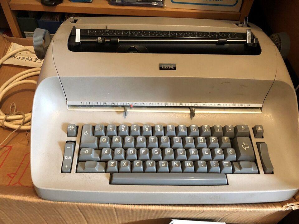 IBM skrivemaskine
