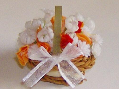 Dekoration 1:12 Brautkorb weiss/lachs für die Puppenstube