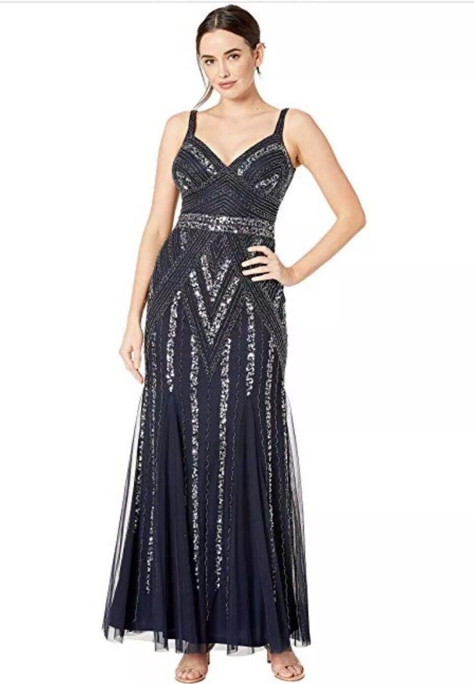 NWT Marina Navy Beaded Evening Gown - Größe 2