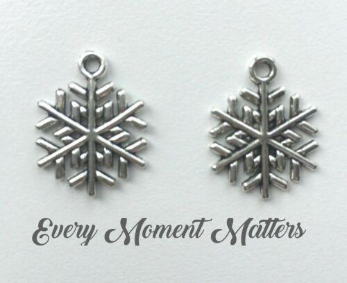20 x Copo de Nieve de Navidad plata tibetana cuentas encanto Colgante