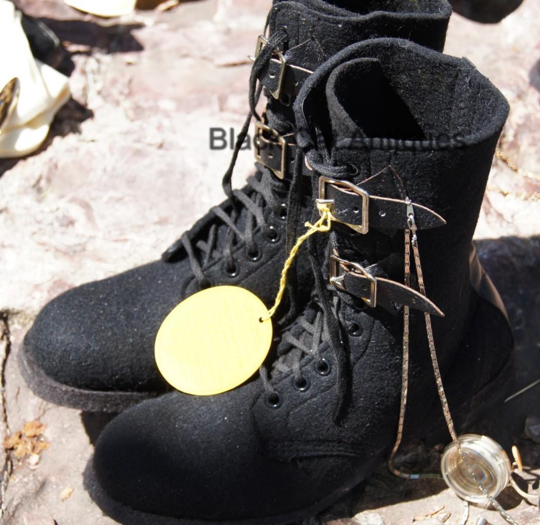 Genuine 1920s Ladies Black Felt Boots w Laces Box High Top Steampunk NOS SZ 6