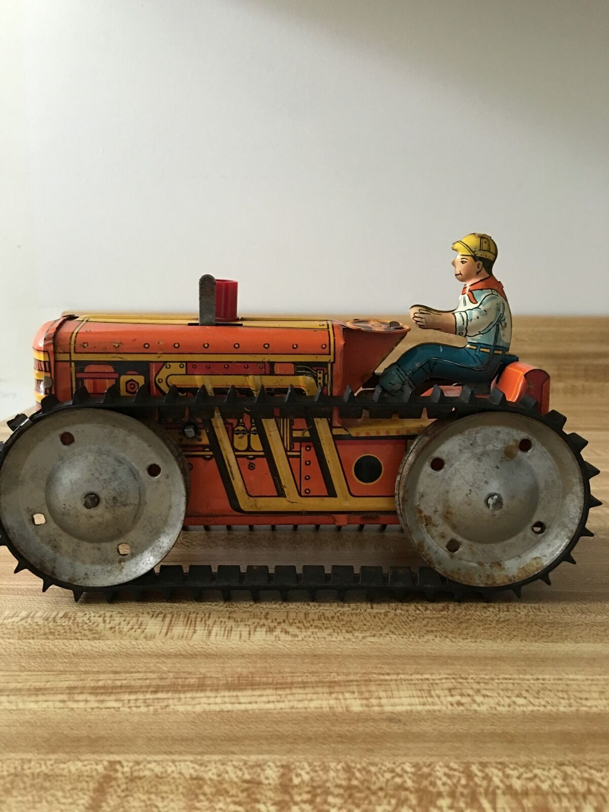 Collectible MARX Working Wing-Up Tractor