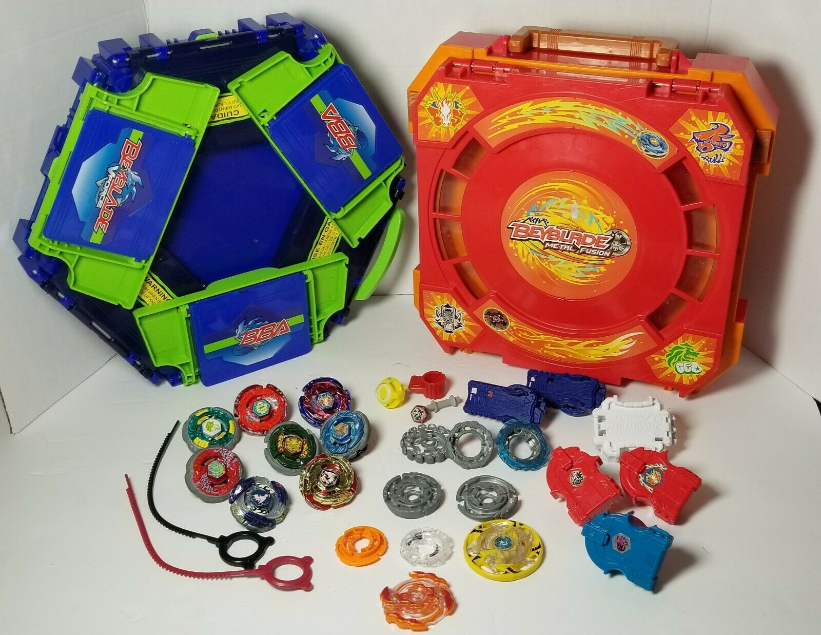 Beyblade Lot Metal Fusion V Force Carry Case With Launchers And Tons of Extras