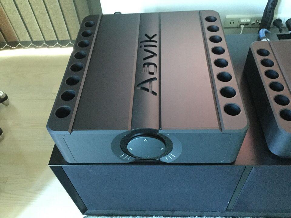 Effektforstærker, Aavik, M380 c380