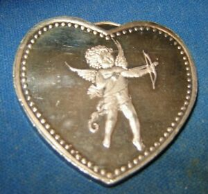034-FOR-SOMEONE-SPECIAL-034-1-oz-999-Silver-Round-Heart-Shaped-CUPID-rare