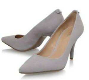 EUC MICHAEL KORS women's suede MK Flex mid heels shoes in light gray sz7