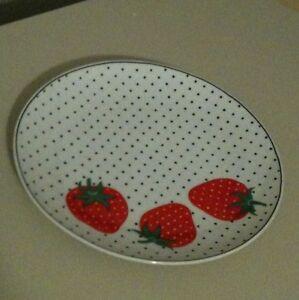 Vintage-Takahashi-Strawberry-Polka-Dot-7-5-034-Plate-San-Francisco