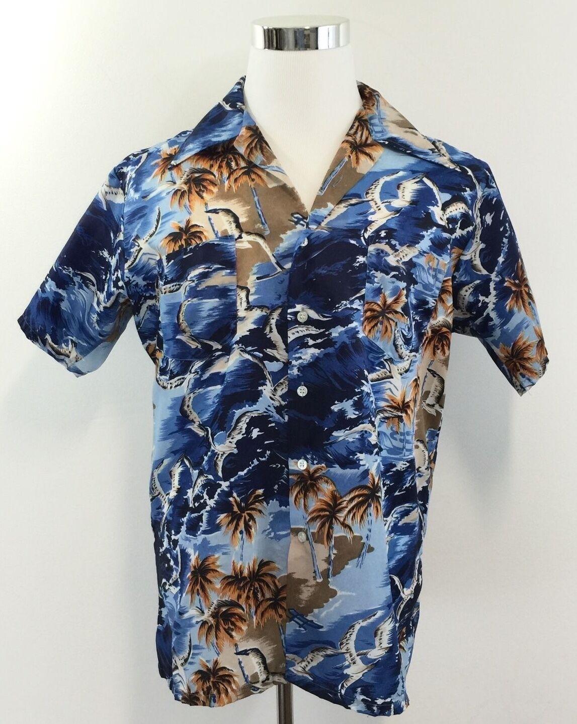92be0436fb9 Vintage WAIKIKI HOLIDAY Mens HAWAIIAN ALOHA SHIRT Polyester Short Sleeve  Size L