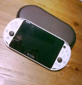 Playstation PS vita PCH2000-ZA12 white  console only From japan  MEMORY32gb